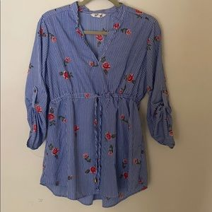 Stripped blouse with flowers